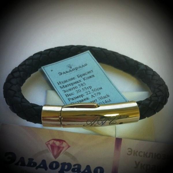 Эксклюзивный кожаный браслет с замком из жёлтого золота с инициалами и с чёрным бриллиантом