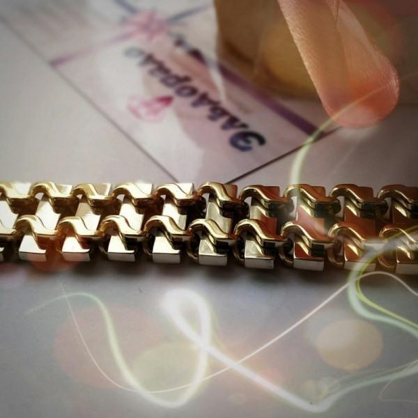 Литьевой золотой браслет